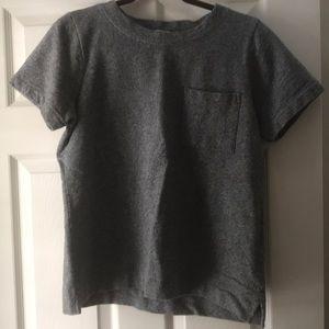 Heather gray pocket top